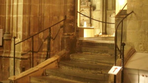 Trap naar binnenruimte in kathedraal Canterbury